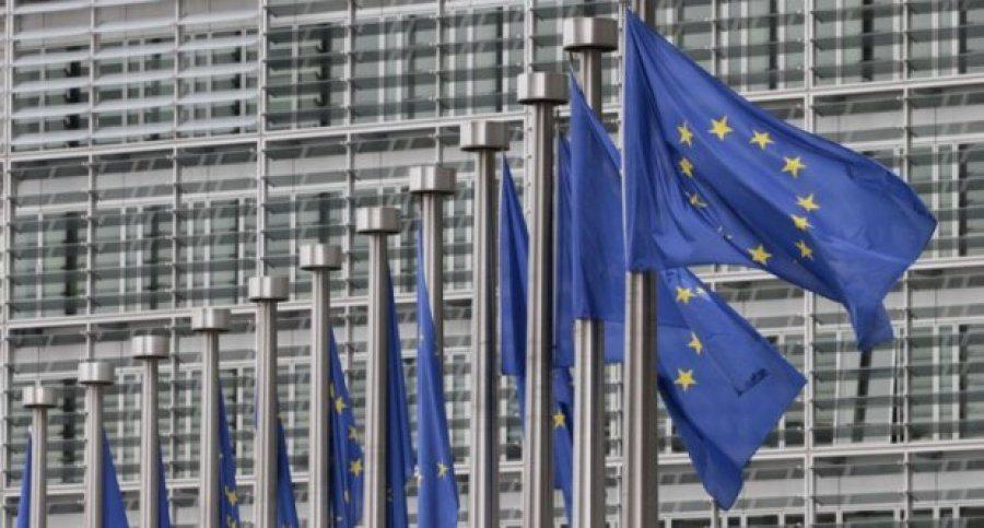 РСЕ  ЕК ќе препорача отворање на преговорите со Македонија