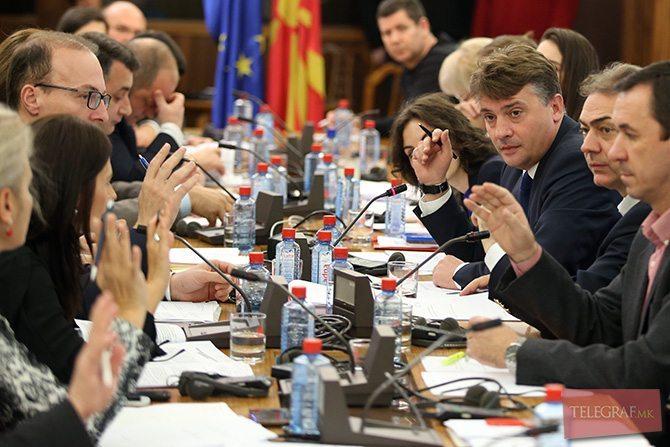 Премиерот Заев утре на затворена комисиска седница ќе го претстави нацрт договорот со Бугарија