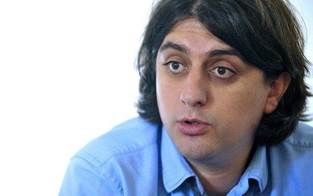 Мухамед Зеќири препозна двајца од обвинетите кои го извлекле Села од останатите пратеници