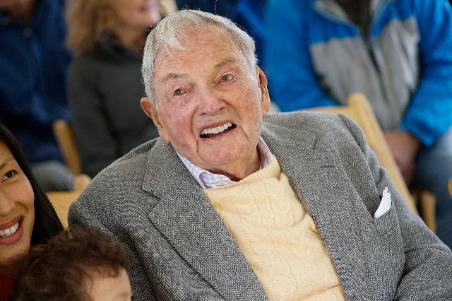 Почина Дејвид Рокфелер