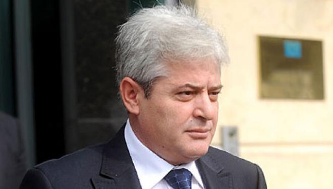 Ахмети  Иванов е дел од проблемот  нема да одиме на лидерска средба
