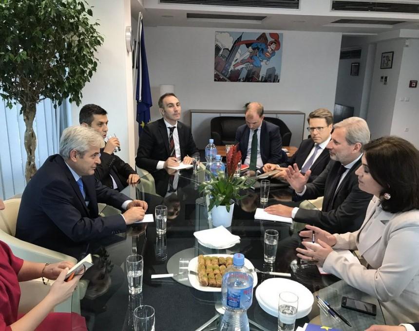 Консензус за реформските процеси побарал Хан од лидерите на албанските партии