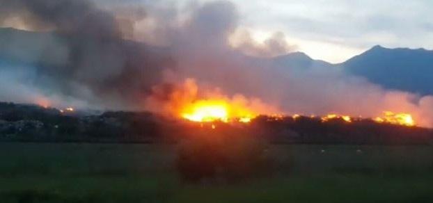 Повторно гори депонијата во Струга