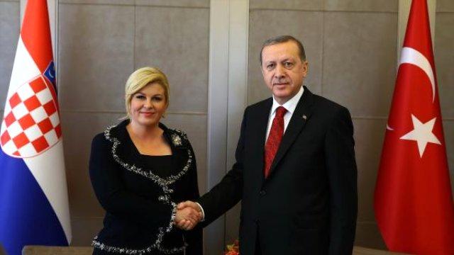 na-erdogan-i-kolinda-im-se-sloshi