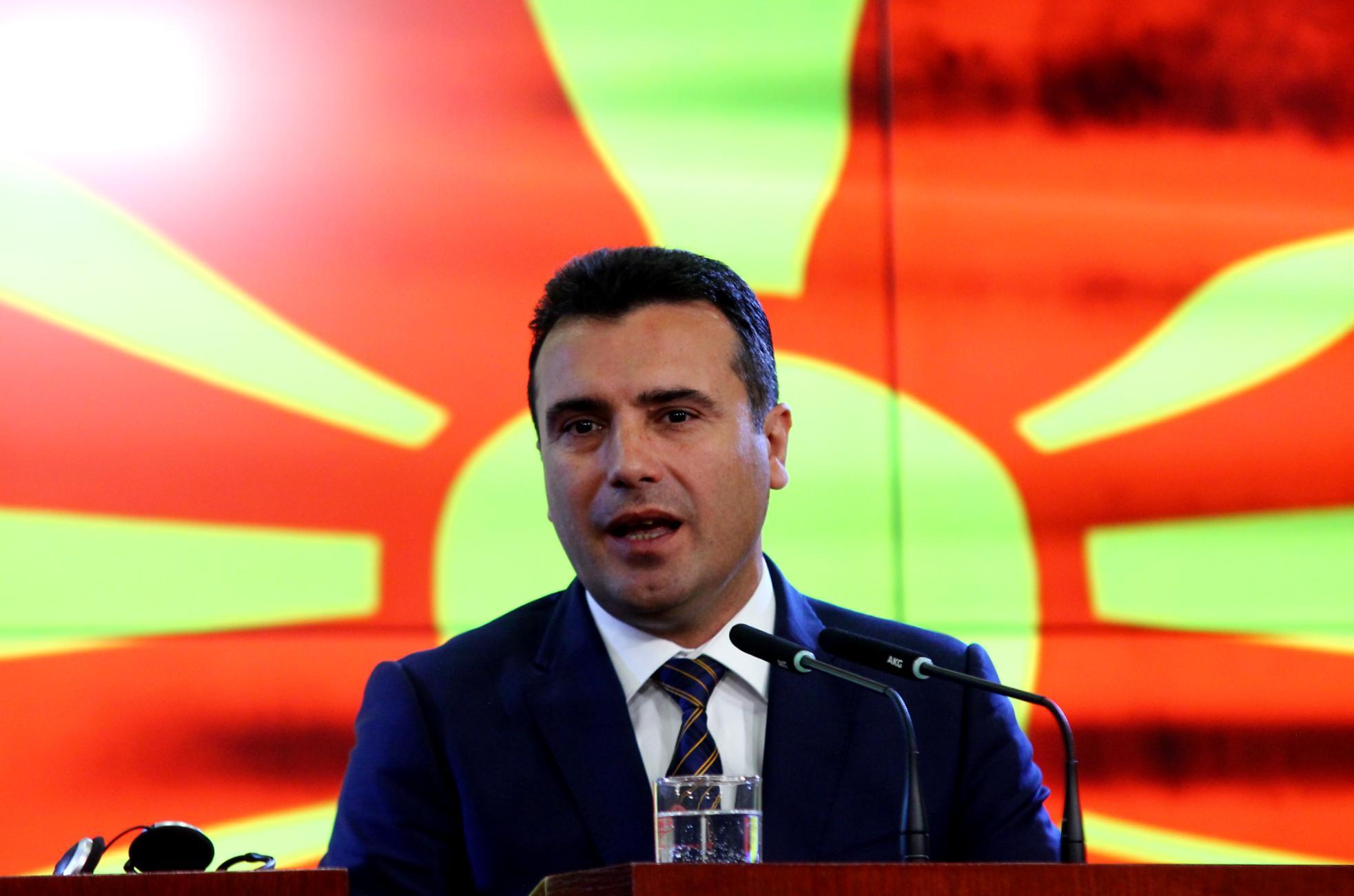 Заев  Не размислувам за предвремени парламентарни избори