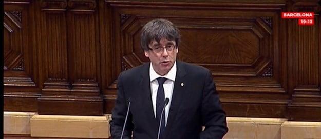 Каталонија одлучи да го одложи прогласувањето независност