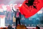 """Мицкоски, Села и Ахмети здружено против проектот на Заев """"едно општество за сите"""""""