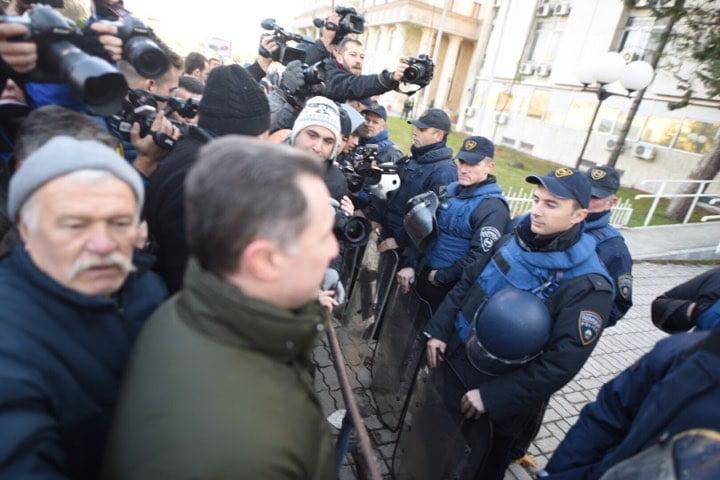 [Image: Gruevski3.jpg]