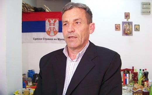 Мирослав Јовановиќ  од коалицијата на СДСМ  гласаше воздржано за Законот за јазици