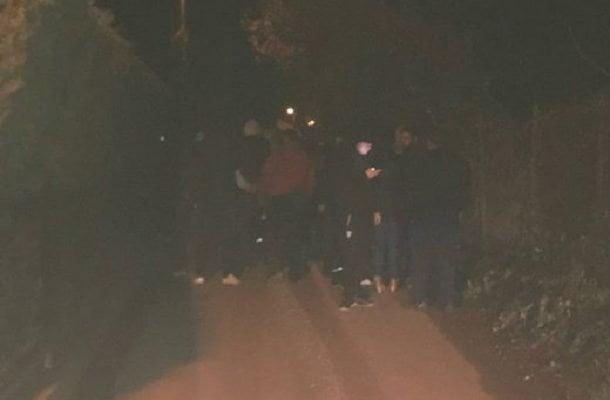 Со какви недоличните коментари се служеа демонстрантите на протестот пред домот на Фросина Ременски