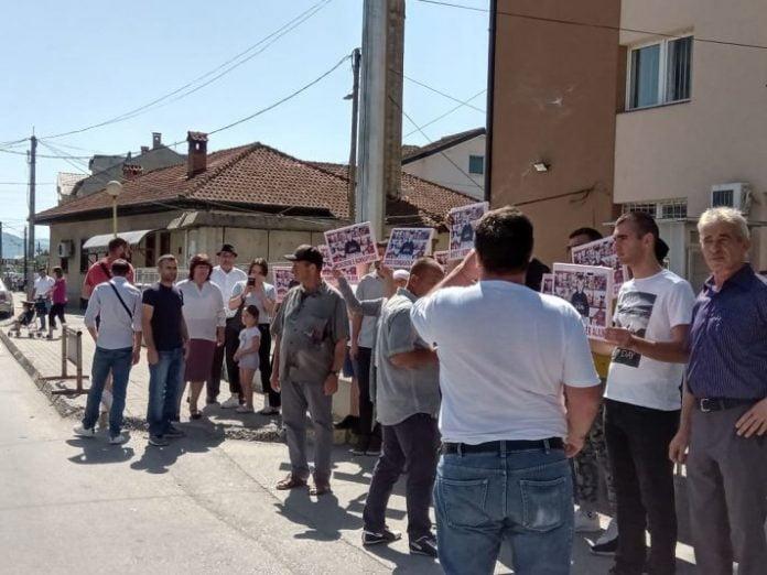Протест во Струга: Пола село ја знае вистината за убиството на Али пред 18 години, но нема виновник